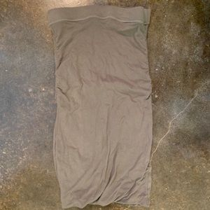 James Perse tube skirt.  Like new without tags. XS